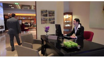 Park Plaza Riverbank London Hotel Video - video thumbnail
