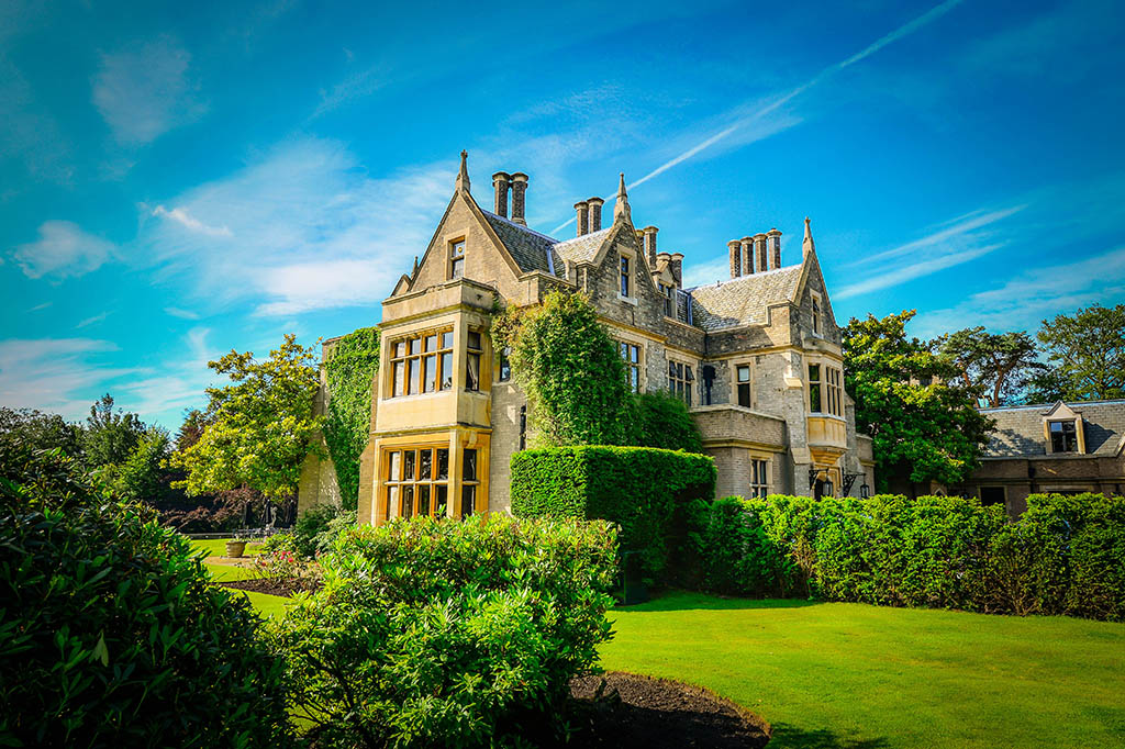 Foxhills ottershaw surrey venue details for Small hotels of the world uk
