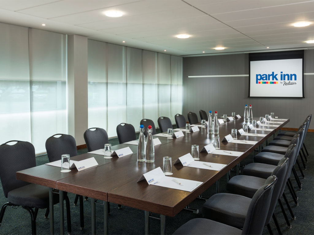 Park Inn By Radisson Hotel  U0026 Conference Centre Heathrow