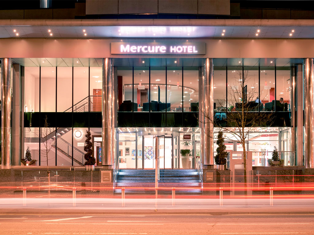 Mercure cardiff holland house hotel spa cardiff south glamorgan picture gallery - Mercure hotel head office ...