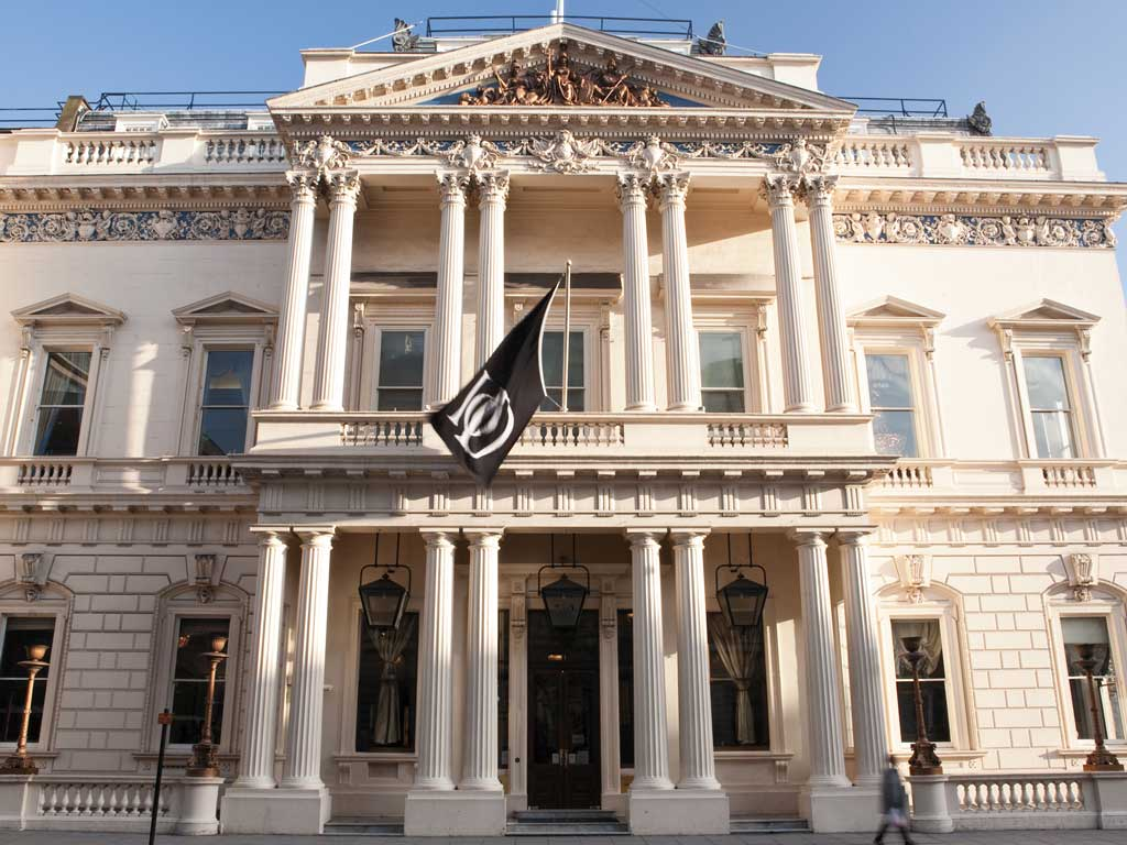 pall mall Whether you are looking to enjoy a leisurely afternoon tea or a fine dining experience, the pall mall clubhouse has a range of dining to enjoy.
