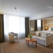 Junior Suite. - Amba Hotel Charing Cross