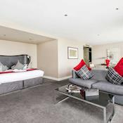 Executive Bedroom - Brooklands Hotel