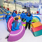 Team building on real snow - Chill Factore