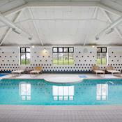 Swimming Pool - Jurys Inn East Midlands