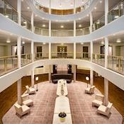Rotunda Reception - Jurys Inn Hinckley Island