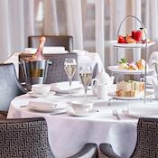 Afternoon Tea - DoubleTree by Hilton London Islington