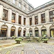 Courtyard - Drapers' Hall